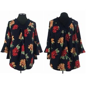 Entro - Bell Sleeve Floral Tunic